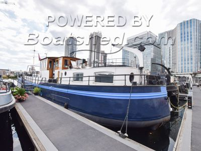 Belgian Spitz Barge 28m on London mooring