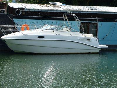 Sealine S23 extended swim platform