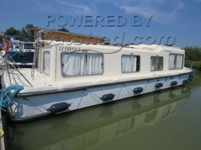 Jeanneau EAU CLAIRE 1130 Direct from Hire: Moorings, Preparation & Personalisation all possible