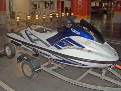 Yamaha GP 1200 R