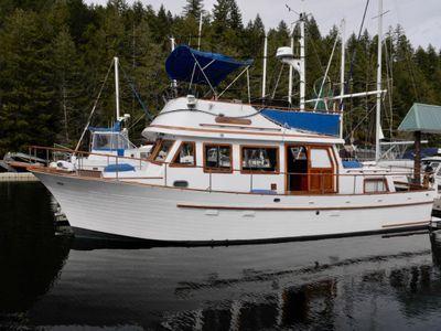 Albin 36 Trawler Tri-cabin