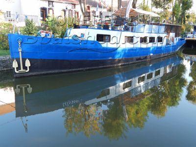 Barge Dutch Bateau Logement Habitable Avec COT Et Jardin Attenant