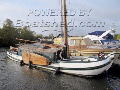 Dutch Barge Skutsje 42ft