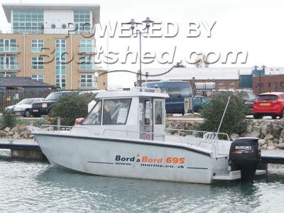 Bord A Bord 695 Dervinis