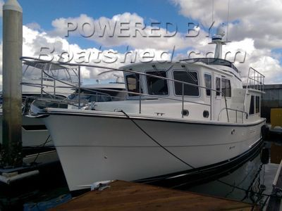 Helmsman Trawlers 38E Pilothouse