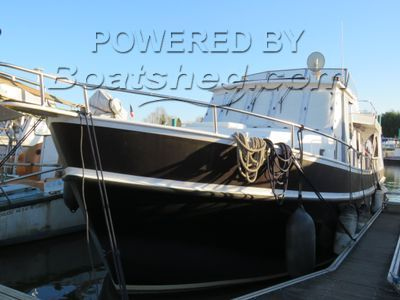 Dutch Trawler Liveaboard Cruiser