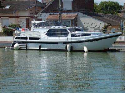 Dutch Motor Cruiser ROYAL DUTCH 1600