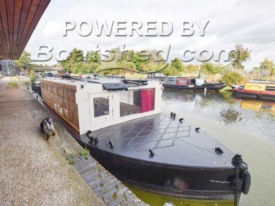 Wide Beam 60ft Floating Cinema