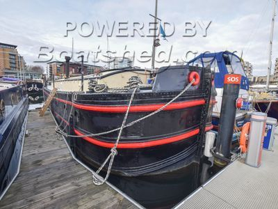 Humber Barge 15m with London mooring