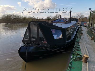 Wide Beam 70ft Houseboat