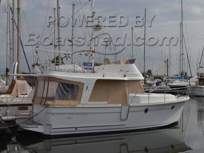Beneteau Swift Trawler 34 Fly Bridge