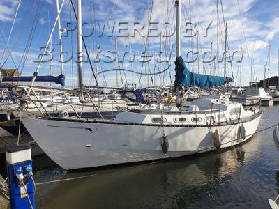 Bruce Roberts 36 Steel sailing cruiser
