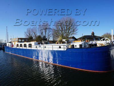 Belgium Spitz Dutch Barge Flat bottom, steel hull with rivets