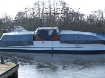 Centre Cockpit Wooden Broads cruiser