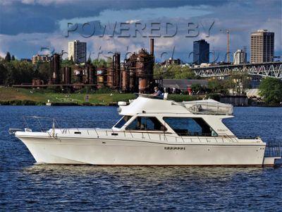 Northwind 45 Flybridge Sedan Sportfisher Customized from Uniflite Design
