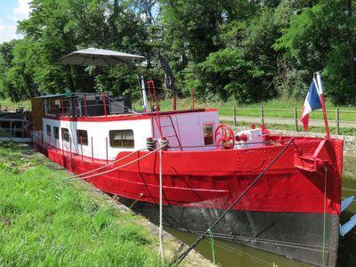 Barge Dutch live aboard boat