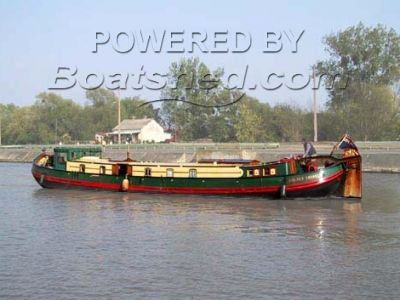 Dutch Barge-Houseboat