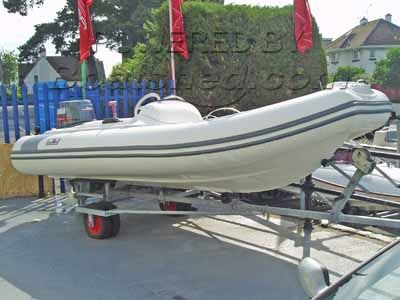 Avon 400 DL - Seasport de luxe