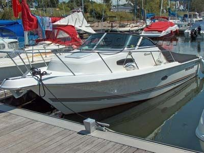Wellcraft Sportfisher 22
