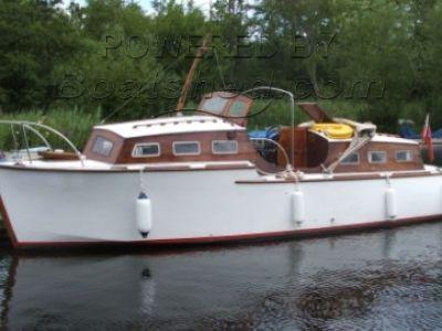 Oulton Broad 1963 Broads Cruiser