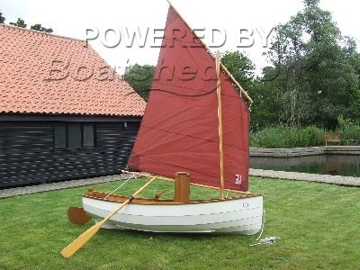 Traditional Broads Lugsail Dinghy