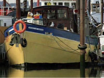 Brixham style trawler Brixham style trawler