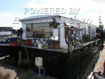 Houseboat Liveaboard Craft