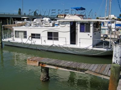Drift-R-Cruz Houseboat