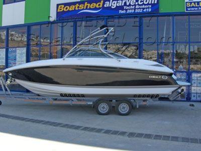 Cobalt 232 Sports Boat