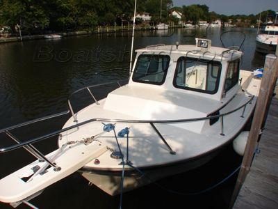 25' Steiger Craft Chesapeake