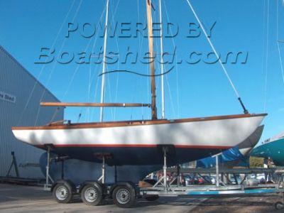 Camper & Nicholson day boat