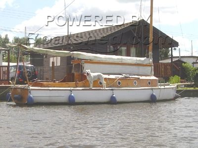 Traditional Broads Sailing Cruiser