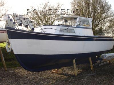 25ft Fishing Boat