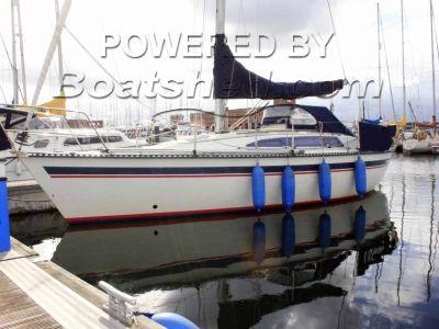 Jouet Jouet 9.20 Auxilary Bermudian Sloop