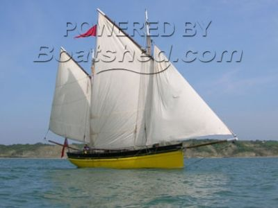 Pierce Shipbuilder Cornish Lugger 42
