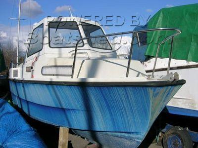 GRP Motor Boat 25'