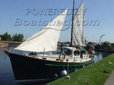 Wooden  35' motor sailer