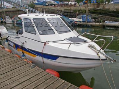 Raider 18 Fisherman