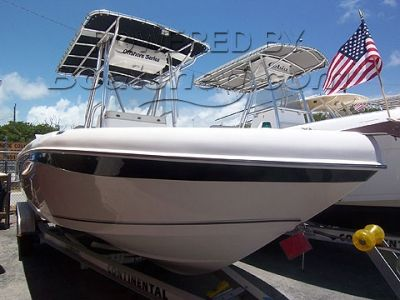 Sea Chaser 2100 Offshore Series Center Console