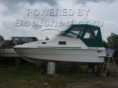 Blackwater Motor Yachts Sports Cruiser (Unused)