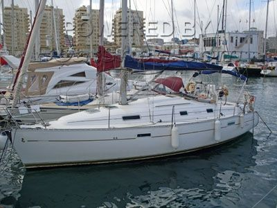 Corsair Oceanis Clipper 311