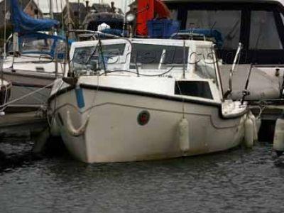 Colvic Fishing Boat 21'