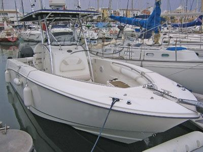 Boston Whaler Outrage 27