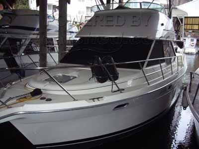 Bayliner 3587 Aft Cabin