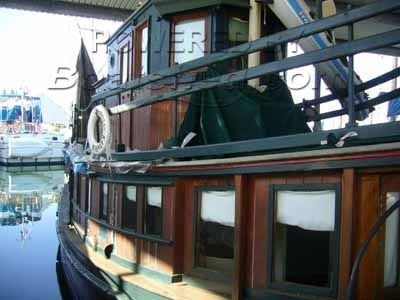Wooden  Houseboat 40