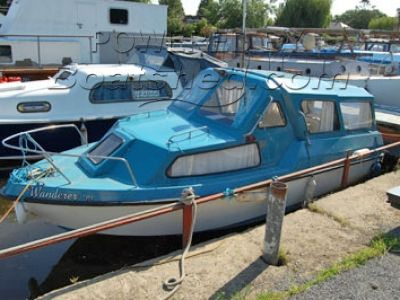 Wavey Rider Boats 18ft cabin cruiser