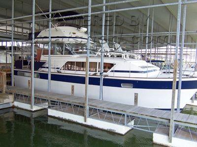 Chris Craft 410 Commander Motor Yacht