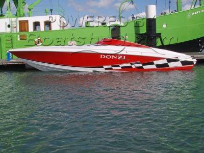 Donzi Daytona 33