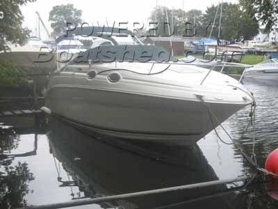 Sea Ray 240