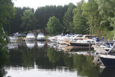 Brundall Gardens Marina
